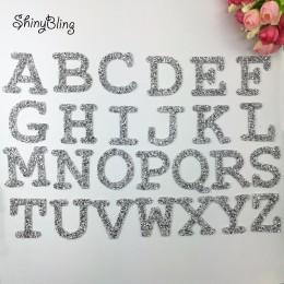 A-Z 1 pieza de diamantes de imitación letra del alfabeto inglés mezclado bordado hierro en parche para la ropa pasta de insignia