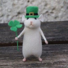 2019 mujeres Lovely Mouse hecho a mano Animal Toy muñeca lana aguja fieltro punteado Kitting DIY equipos de lana paquete sin ter