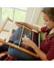 Telar de madera que hace punto la máquina que hace punto el marco del telar DIY que hace punto los juguetes de lana que tejen te