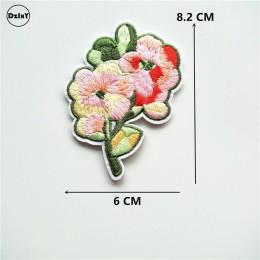 1 Uds. parches de flores rosas bordados con hierro en parches para ropa adorno de manualidades rayas adhesivos para ropa insigni