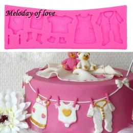 Superventas Pop 3D Baby Clothes Shower molde de silicona para manualidades Fondant cocina pastel decoración molde para Chocolate