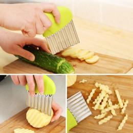 Rebanadas de patatas de cebolla onduladas patatas fritas arrugadas ensalada corrugada cortadora de patatas picadas utensilios y