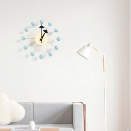 111nuevo Reloj de pared decorativo, Relojes de pared silenciosos, aguja de cuarzo, reloj de bola de madera de moda popular, deco