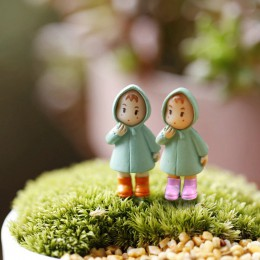 Nuevo 1 Uds Mini figurines en miniatura chica Mei resina ornamento de hadas gnomos de jardín terrarios con musgo hogar Decoració