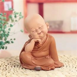 Pequeño monje escultura de resina de estilo chino estatua de Buda tallada a mano accesorios de decoración del hogar estatua de r