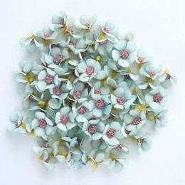 50 Uds. 2cm cabeza de flor de Margarita Mini flores artificiales de seda decoración para la decoración de la boda del hogar DIY